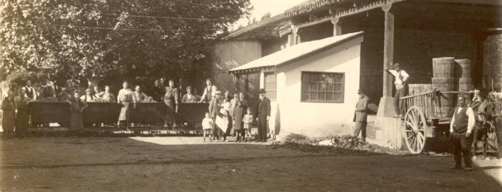 Foto histórica del personal de CVNE